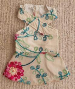 vestido de verão bordado para cachorro