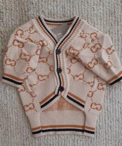 suéter creme para cachorro